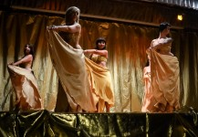 "Spettacolo The Golden Dance 2 coreografia ""Gonne Oro"""